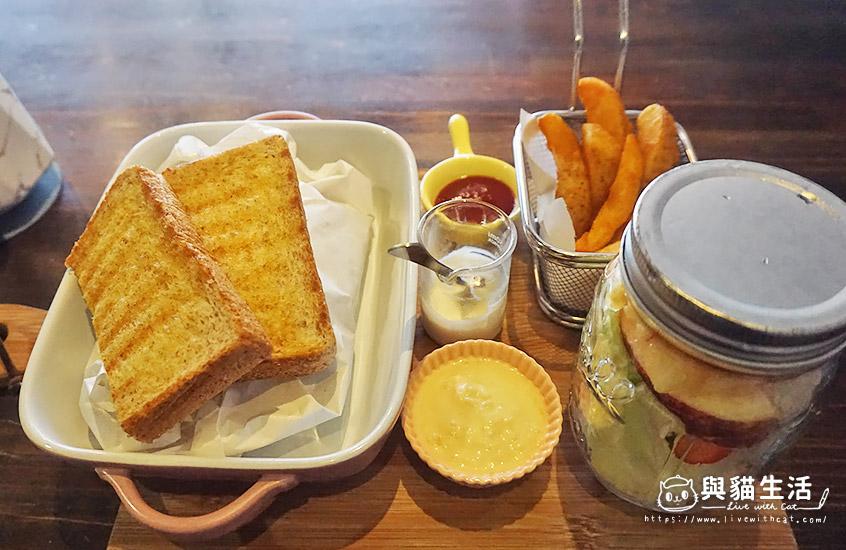 早午餐-義式香草紙包雞腿